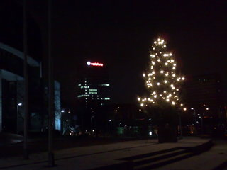 02012009354_duesseldorf_at_night.jpg
